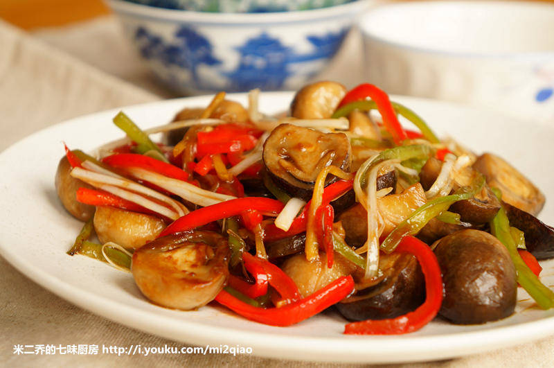 Home Cooking Recipe: The best double pepper slippery mushroom (with video) + delicate straw mushroom preservation method