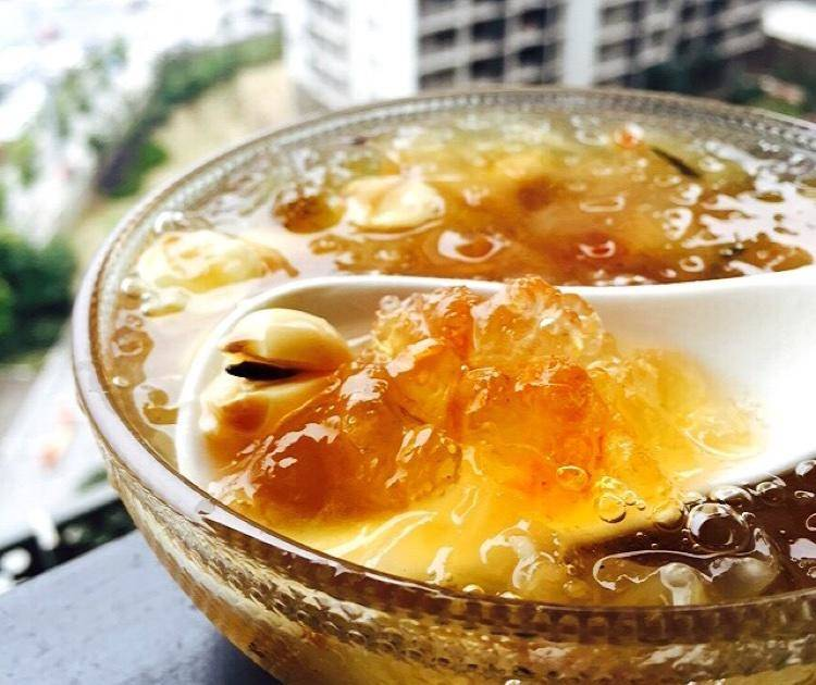 Home Cooking Recipe: Tremella lotus seed peach