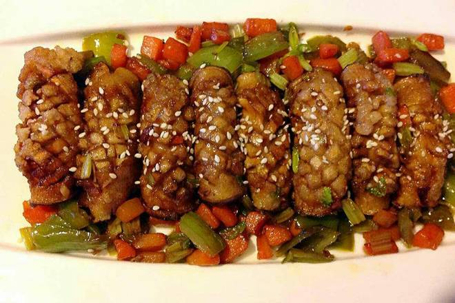 Home Cooking Recipe: Use ginger, celery, carrots, green peppers. After saute, pour the mushrooms into a little stir. Season with soy sauce (without adding salt)
