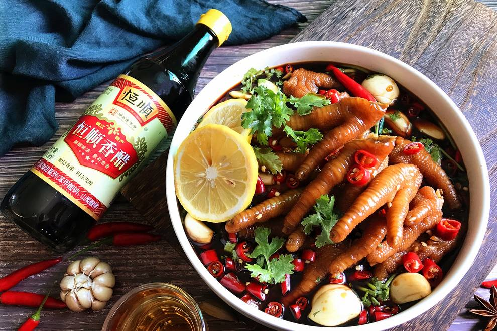 Home Cooking Recipe: Vinegar sour chicken feet (frozen claws) - super delicious